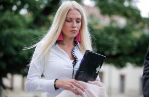 Julija Adelšič izpuščena